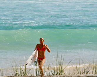Rencontre avec Jade Magnien, jeune espoir du surf français en route vers les JO !